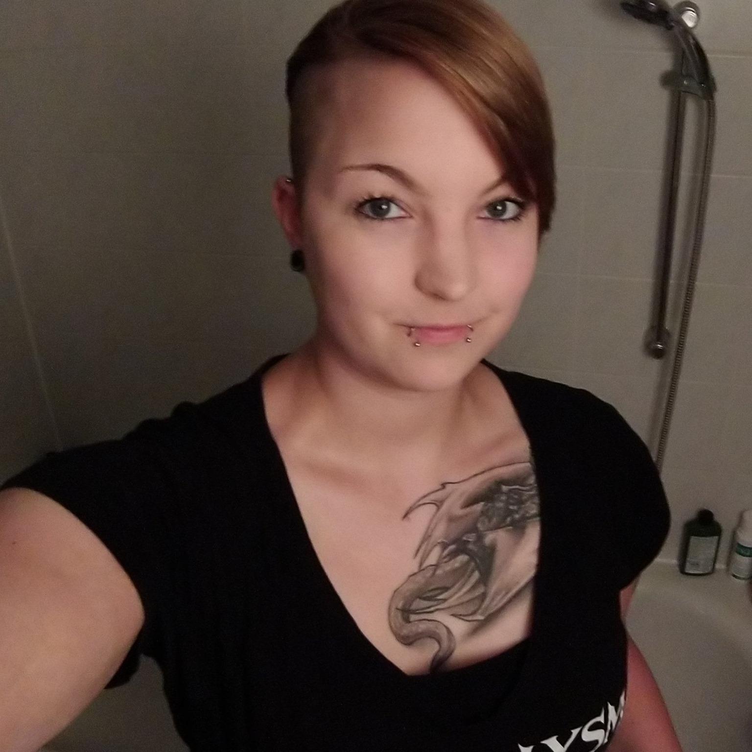 """<a href=""""https://www.facebook.com/anna.bakker.18/posts/3197688100244445"""" target=""""_blank"""">Anna Bakker</a>"""